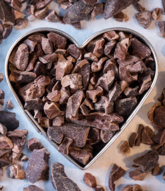 Coeurs chocolatés, chantilly à la mangue et pépites de caramel