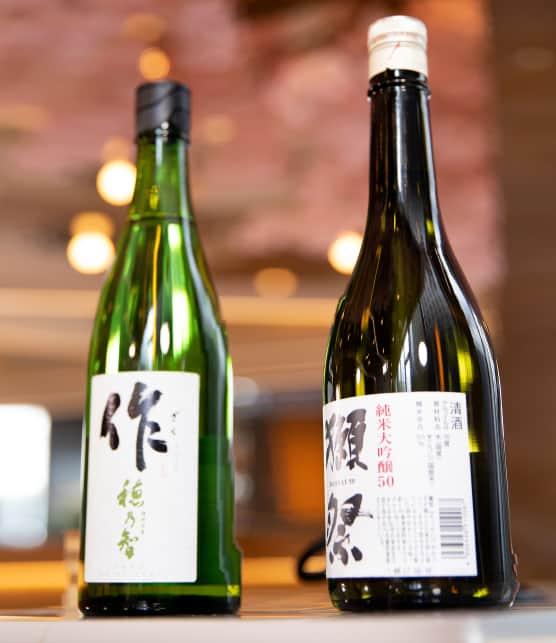 Nico Fujita répond à la question: doit-on boire le saké chaud ou froid?