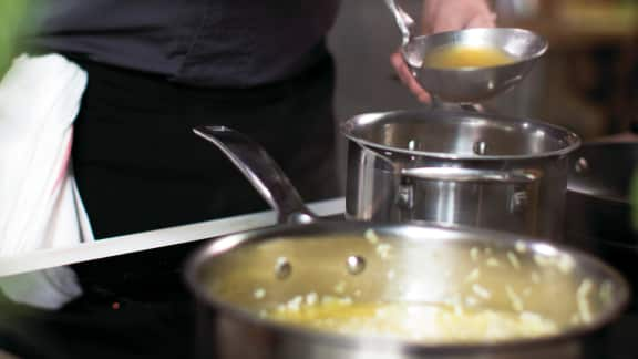 Ajouter le bouillon