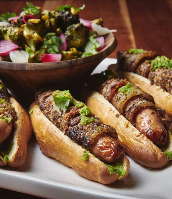Hot-Dog « Sonoran » aux grillades de Valleyfield et relish de jalapeno