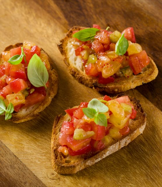 Bruschetta de surplus de tomates