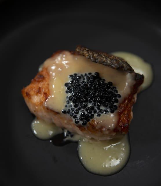 Peau de saumon croustillante