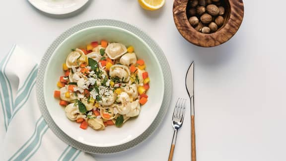 Salade de tortellinis tricolore