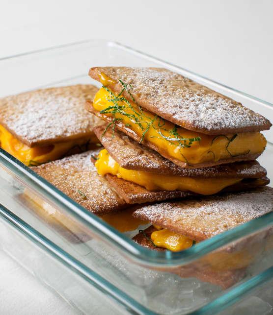 Recette de sandwichs glacés à la mangue et aux spéculoos