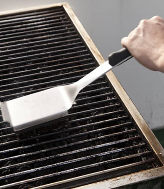 BBQ : 5 alternatives à la brosse de métal