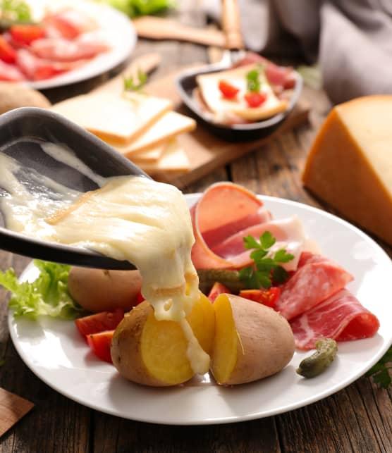 8 accessoires indispensables pour une soirée raclette réussie