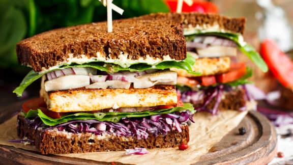 Sandwichs de « côtes levées » au seitan (végé)