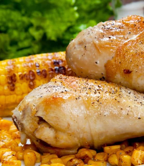 cuisses de poulet et rondelles de maïs style cajun