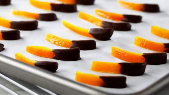 écorces d'oranges confites au chocolat