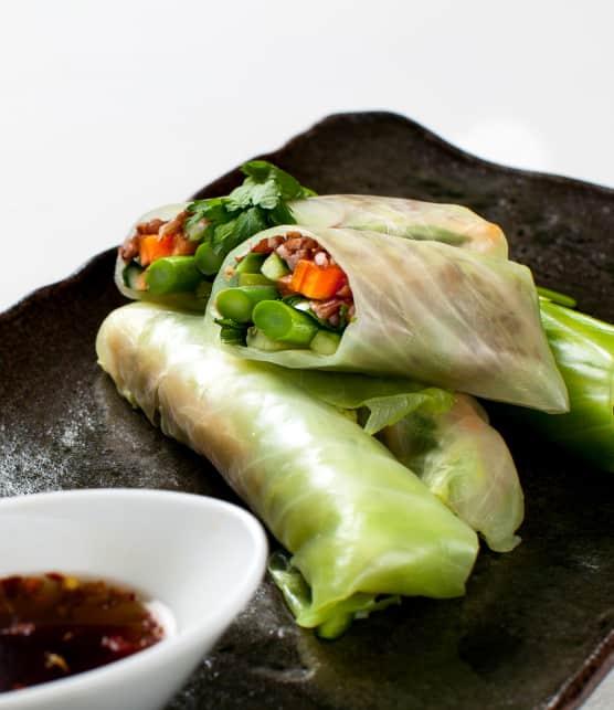 Recette de rouleaux au chou vert et légumes printaniers