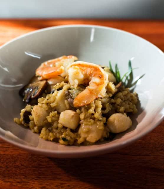 risotto «brun» aux champignons et aux crevettes - version allégée