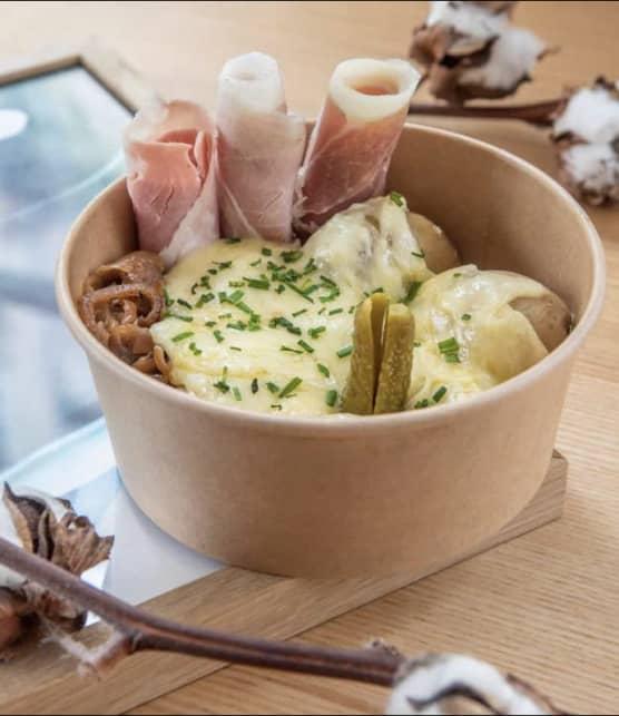 Le bol-raclette : nouveau plat vedette des accros au fromage!