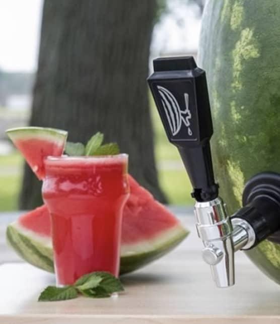 7 astuces à retenir pour boire plus d'eau en été