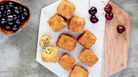 Croquette de Mac and Cheese à la fondue des artisans