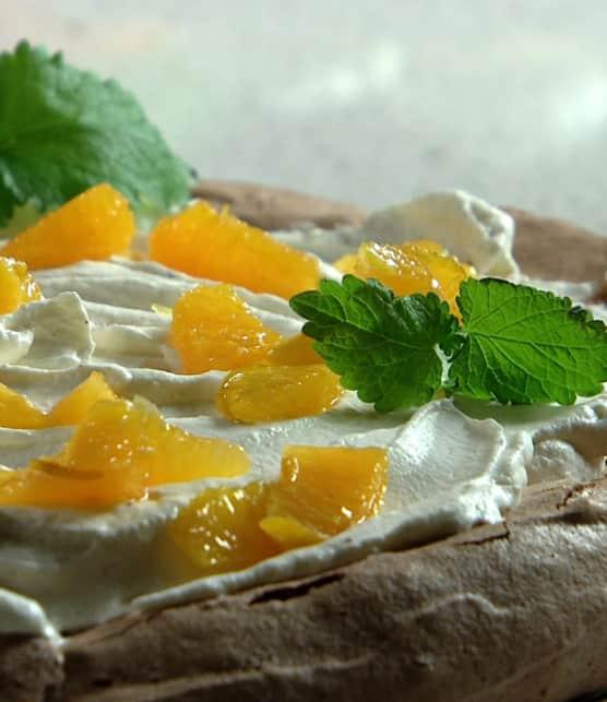 pavlova au chocolat et aux oranges épicées