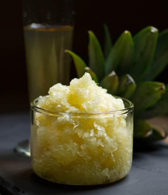 granité à l'ananas et à la coriandre