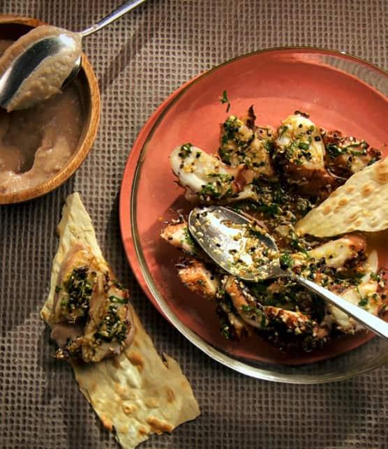 pieuvre grillée, fèves blanches