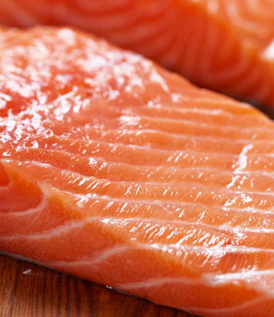 saumon cru et sauce ponzu