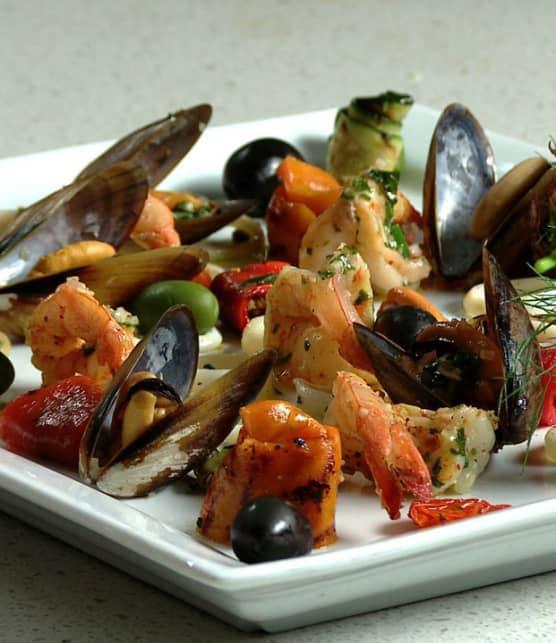 antipasti de fruits de mer et de légumes grillés