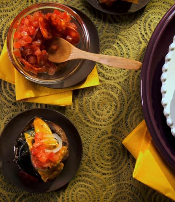 champignons farcis aux escargots, vinaigrette aux tomates