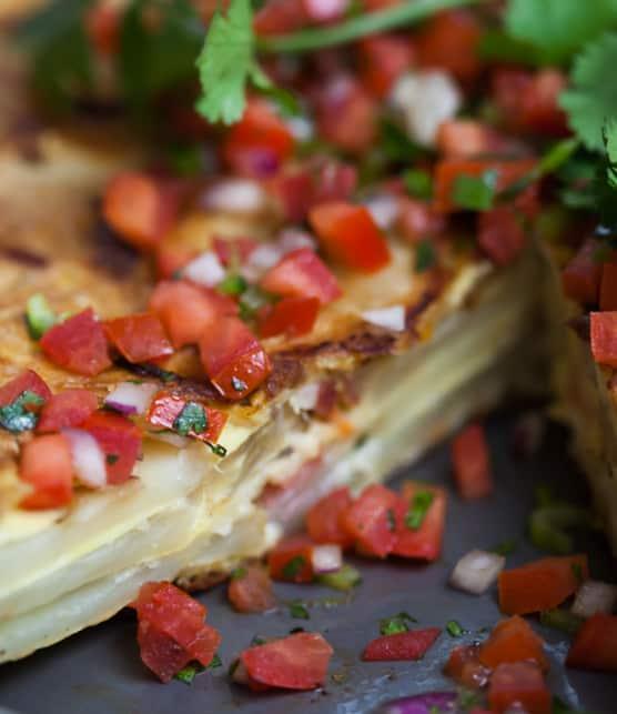 tortilla de pomme de terre et fromage de brebis croustillant