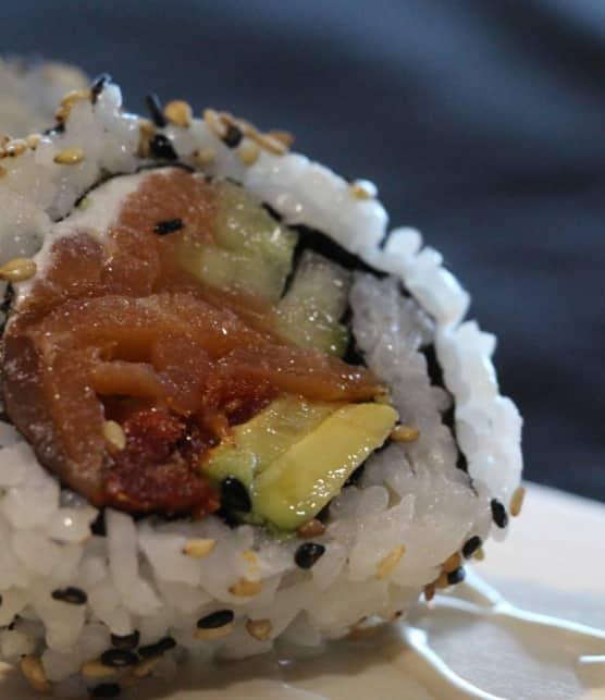 maki au saumon fumé et au fromage à la crème