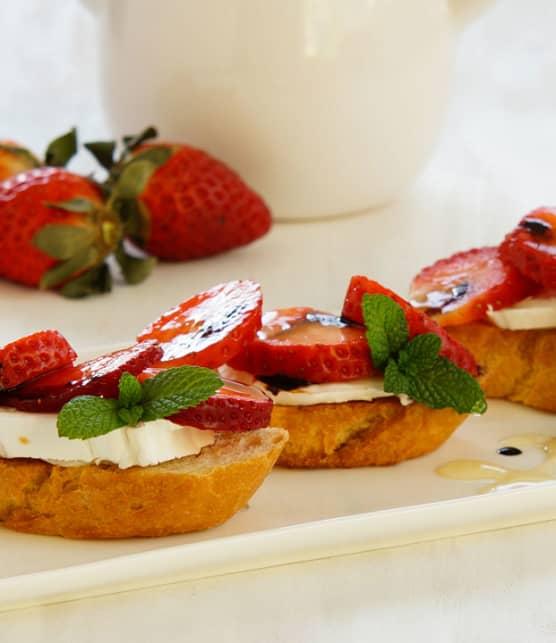 6 recettes pour découvrir les fraises autrement