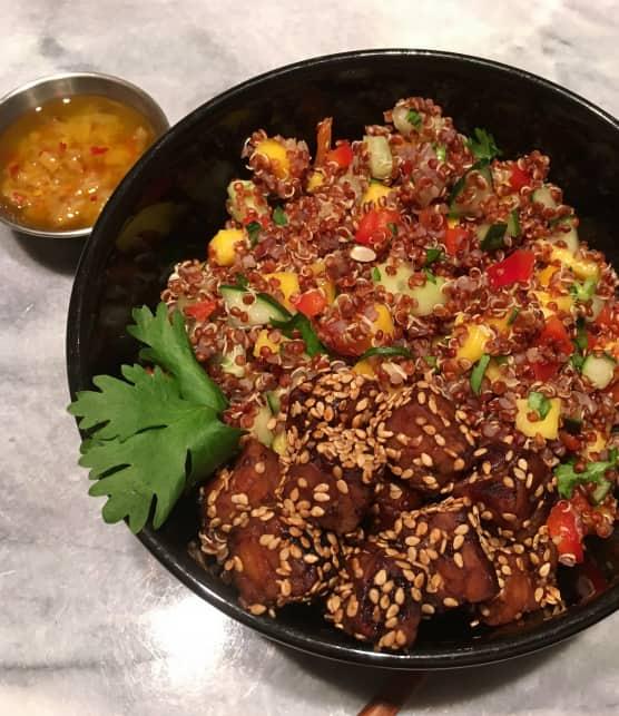Bol de quinoa au tempeh mariné et aux citrons confits