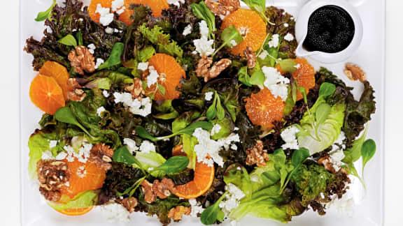 recette de salade de cl mentines la feta foodlavie. Black Bedroom Furniture Sets. Home Design Ideas