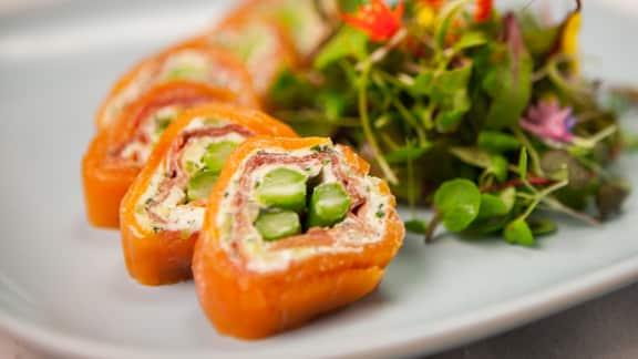 Roulade de saumon fumé et jambon de Bayonne