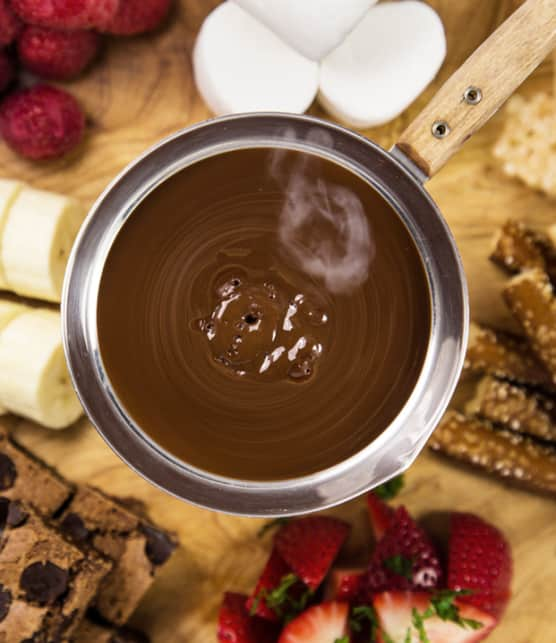 Préparer une fondue au chocolat et à l'orange