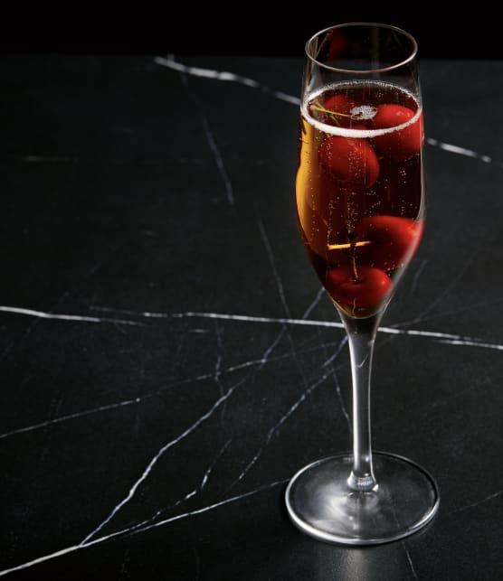 Champagne façon kir royal aux cerises
