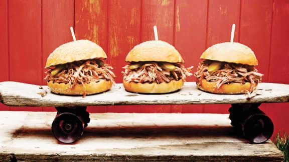 Burger de porc à l'effiloché de la Caroline