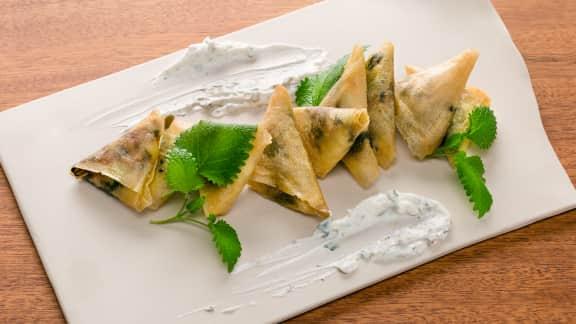 Samosas aux feuilles vertes et feta