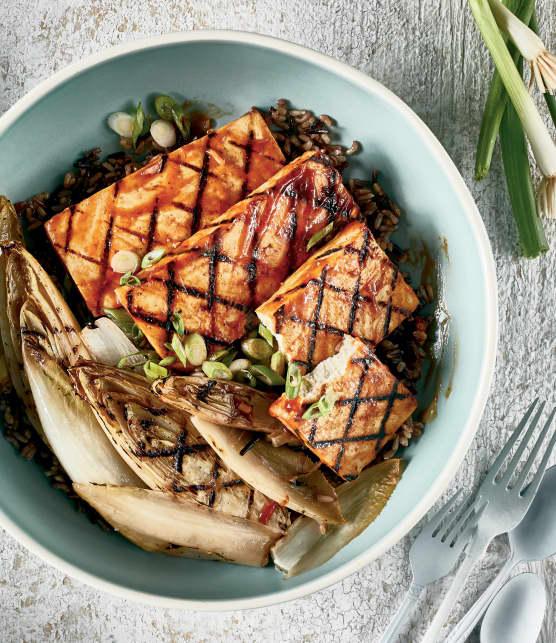 Tofu sauce barbecue aux endives grillées