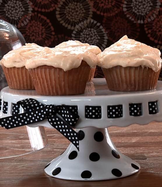 gâteau blanc nouvelle méthode et son glaçage au citron et à l'orange