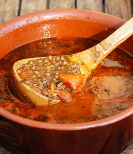 soupe aux lentilles et tomates