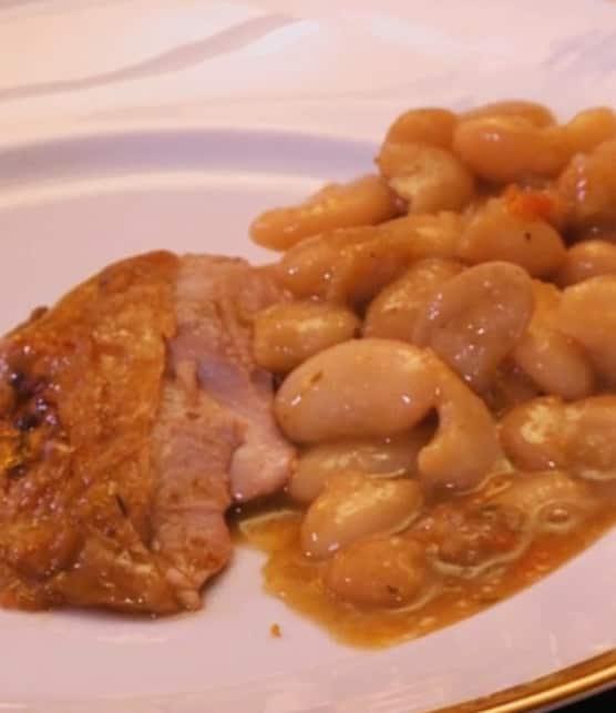 gigot d'agneau de lait des Pyrénées et sauce Oloronaise