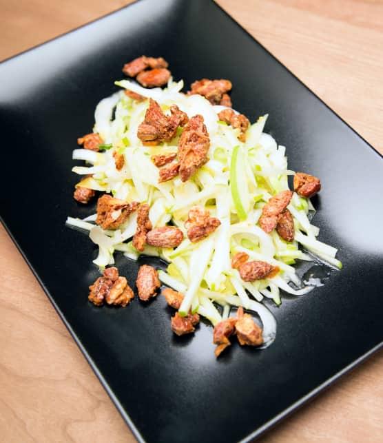salade d'endives et noix rôties épicées