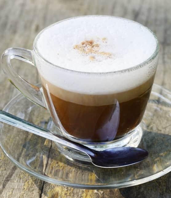 Latte au thé noir et à l'érable