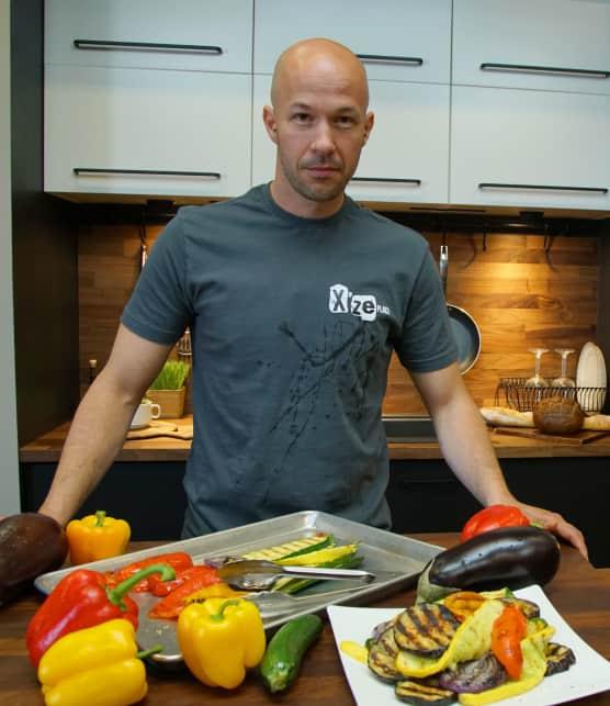 Les secrets de Xavier Pilon-Faucher pour griller des légumes à la perfection