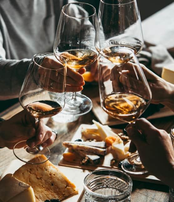 Accords mets et vins : 10 bouteilles pour l'apéro