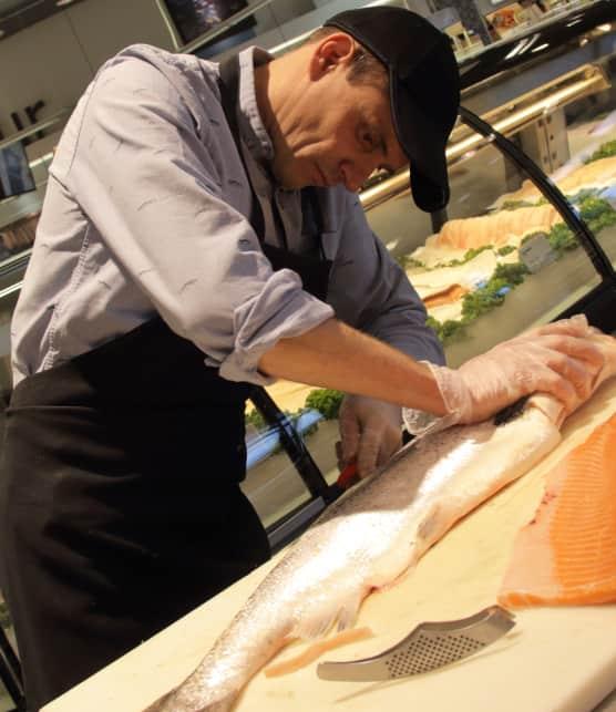 Comment fileter un saumon selon Matthieu Gautier