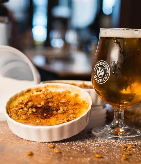 Cuisiner une crème brûlée à la bière d'épeautre avec Rémy Gaudet