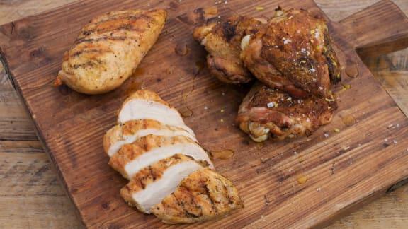 haut de cuisse de poulet grillé au gingembre et poitrine de poulet