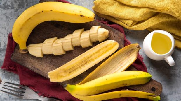 Autour de la banane : 5 recettes simples et économiques Trucs-eviter-gaspillage-bananes-f72c0115