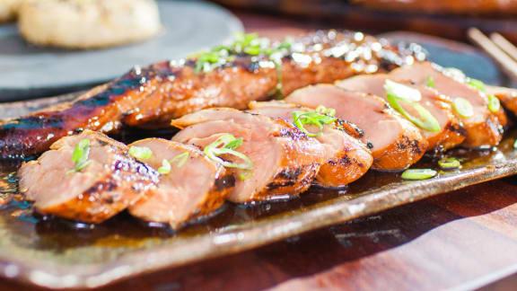 Filet de porc teriyaki sur le BBQ
