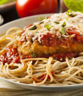 escalopes de poulet tomates et pesto au parmesan