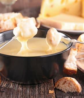 TOP: La fondue au fromage en 8 recettes