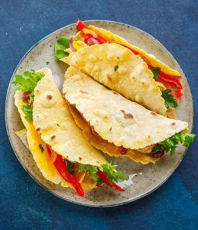 tacos de poulet du Québec aux parfums de chipotle et coriandre